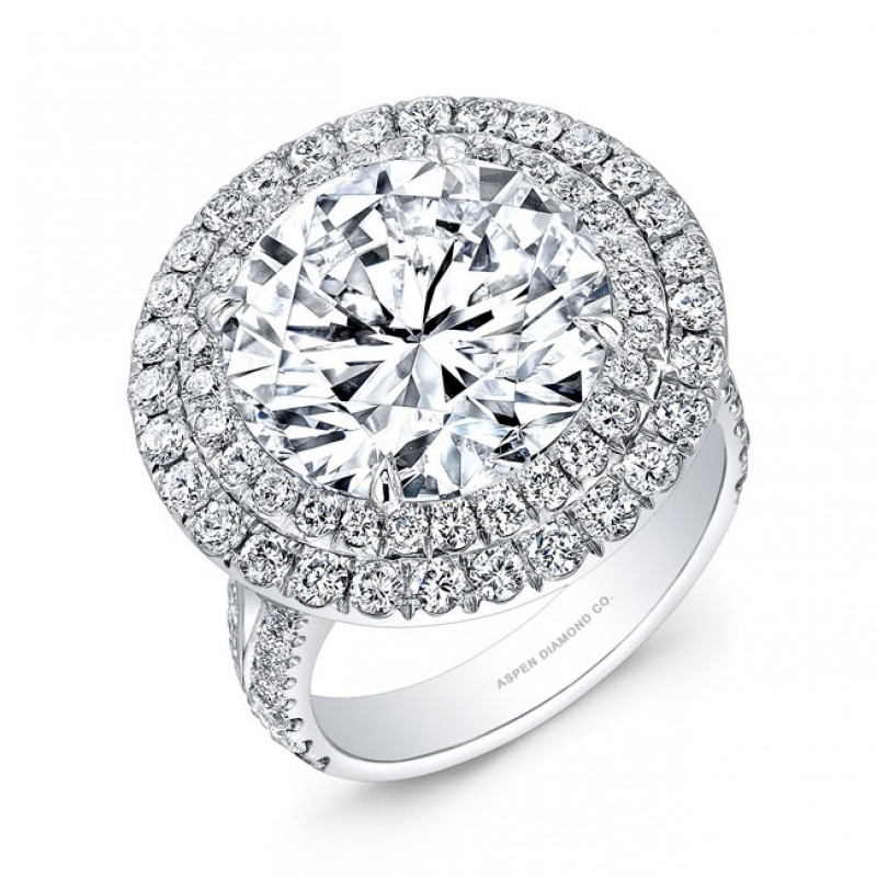 Round Brilliant Double Halo Diamond Engagement Ring in Platinum