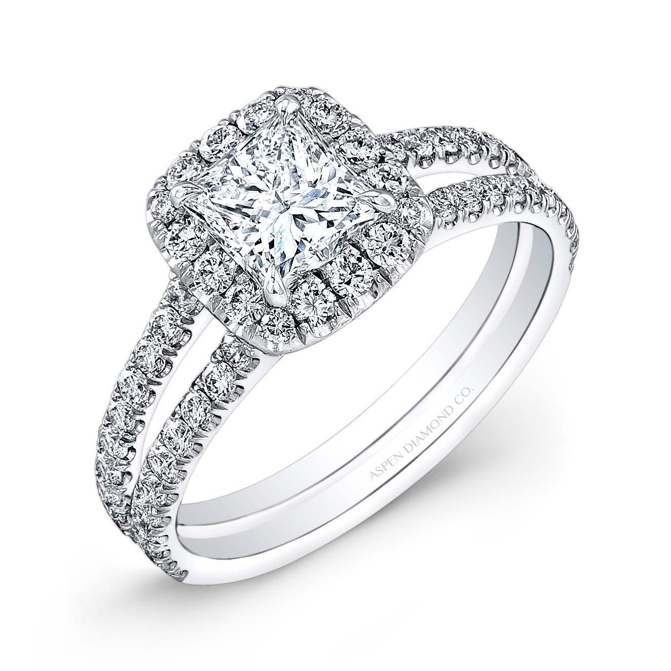Princess Cut Diamond Halo Engagement Ring in 18K White Gold