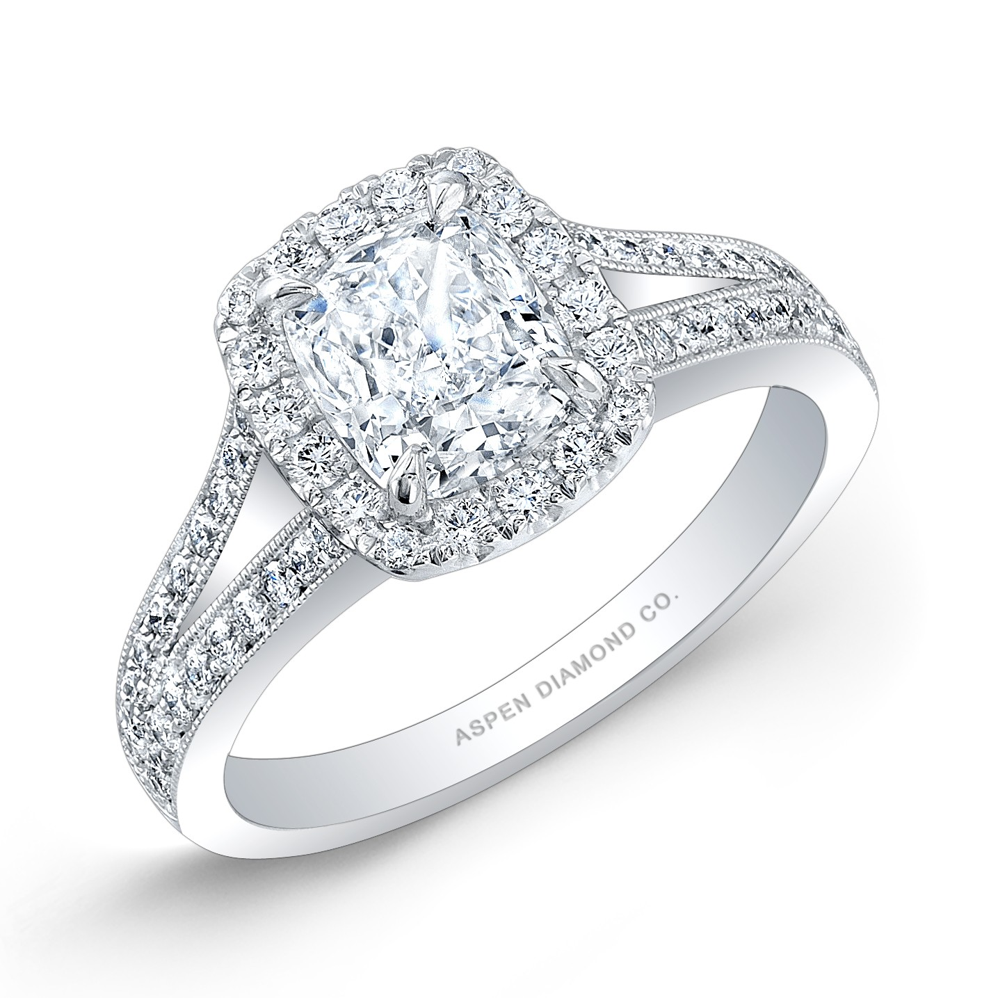 Cushion Cut Diamond Engagement Ring in 18K White Gold