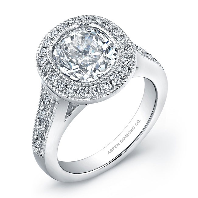 Round Brilliant Micropavé Diamond Engagement Ring in 18K White Gold